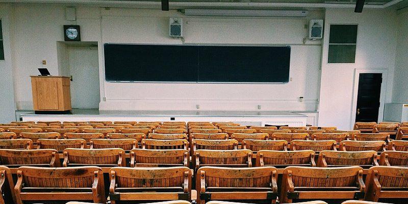 アメリカ大学編入学