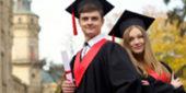 アメリカ大学卒業