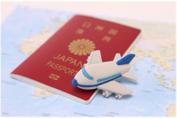 パスポートと留学